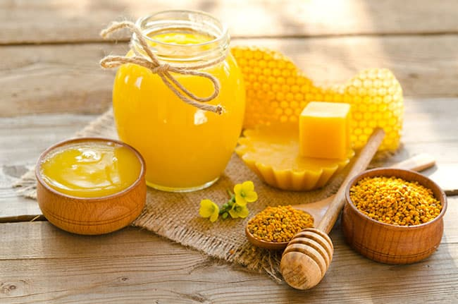Sáp Ong cũng cho chất lượng làm mềm da phong phú, rất hữu ích cho da khô